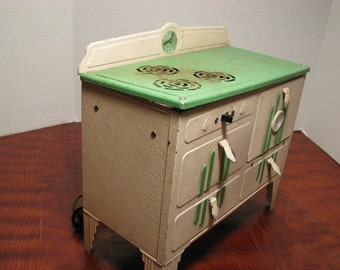 Vintage Kingston Little Lady Electric Toy Stove