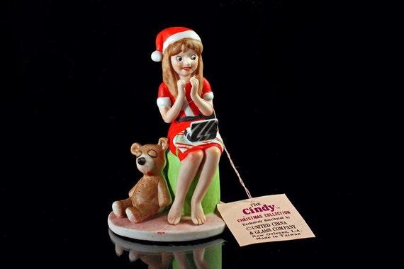 UCGC Figurine The Cindy Gift Christmas Collection