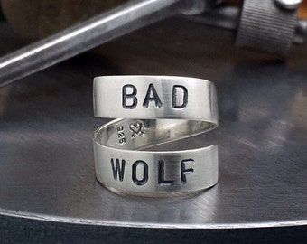 solid sterling silver bad wolf ring. sterling Dr. Who ring. Doctor Who ring. Whovian jewelry.  Bad Wolf episode. Rose Tyler. Wraparound ring