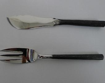 Vintage Rangthong Design Stainless Steel Flatware (Set of 2) Fish