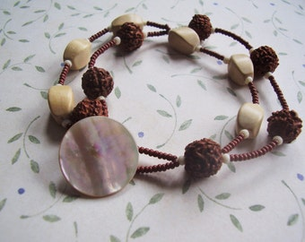 Zwei Strang Armband Gebet Perle Armband Holz Armband Mutter der Perle Vintage Knopf Armband Boho-Stil frei Vibe Schmuck