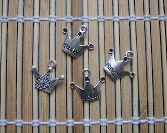4 charms Crown princess silver metal