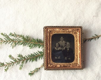 Antique Family Photo- Ambrotype -Daguerreotype-GentlemanlyPursuits