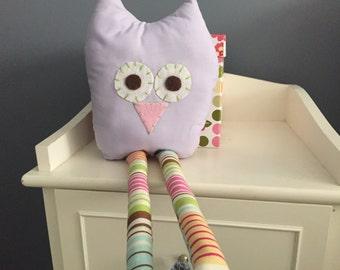 Owl, purple stuffed owl, stuffed animal, purple owl, girls room, plush, stuffed owl, owl decor, nursery decor, owl nutsery, baby girl