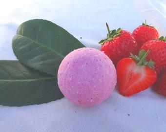 Bath Pearls Strawberry Cream