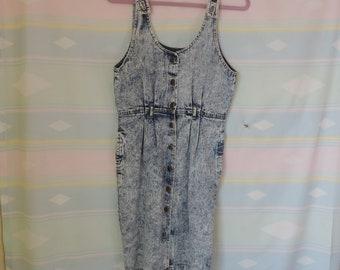 Acid wash vintage 80's denim dress