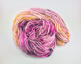 HINKYPUNK    Hand dyed yarn     Single Ply Super Bulky     Super Bulky weight yarn     80/20 SW Merino/Nylon     100g     Indigo Boulevards