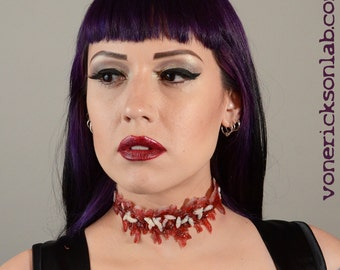 Zombie Makeup  instant Costume  Jewelry Creepy Scary prosthetic Special Effects Slit Throat choker   - Zombie costume  with worms