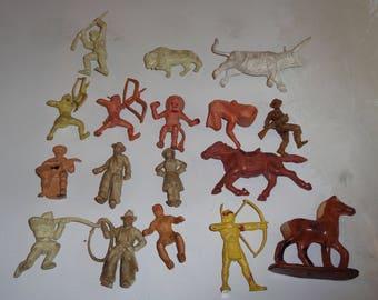 western figures roman figures or space items