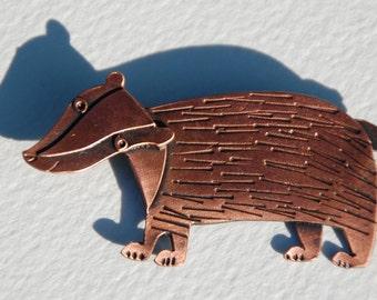 Badger copper finish brooch *NEW*