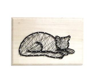 Missouri, the sleeping cat - DIY kit - String art kit - Cat lover - gift for cat lover - birthday gift - All included - creative kit