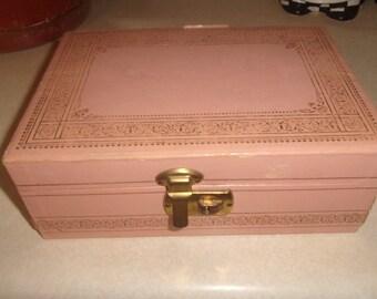 vintage jewelry box pink gold trim velvet mirror needs cleaned