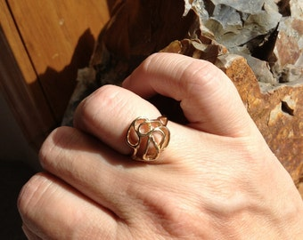 Simple 14kt free form, sized about 5.75