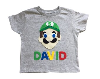 Luigi Birthday Shirt - Kids Grey T-Shirt - Name and Age - Personalized - Gift