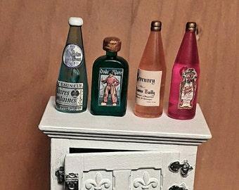 Miniature four bottles set