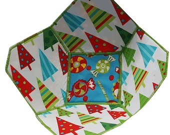 Christmas Reversible Fabric Bowl in Tree and Candy Fabrics