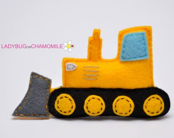 Felt BULLDOZER, stuffed felt Bulldozer magnet or ornament, Bulldozer toy, Technics, Vehicles, Nursery decor,Bulldozer magnet,kids toy,