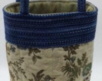 Wine Bottle Tote Bag - Blue Floral