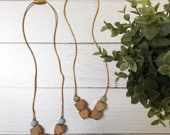 The Bloom In Grass and Sky// Sweet Beads// Beech Wood Necklace// Wood Teething Necklace// Wood and Silicone Teething Necklace// Green// Blue