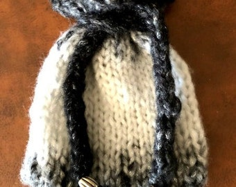 Black, Grey and White Gradient Knitted Tarot Bag