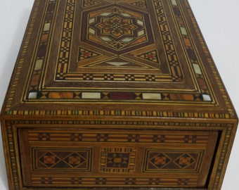 Marquetry Box - Wooden Cigar Box / Wooden box , inlaid with mother of pearl