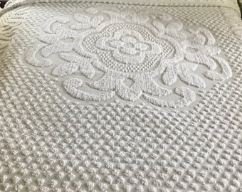Vintage White Chenille Bedspread, Floral Design