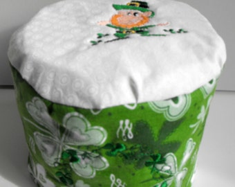 Toilet Paper Cover, TP cover, holiday toilet paper cover, St. Patrick's toilet paper cover, quilted toilet paper cover