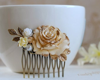 Cream Ivory Rose Hair Comb. Ivory Gold Rose Pearl Leaf Flower Collage Hair Comb. Wedding Bridal Filigree Hair Comb. Shabby Chic