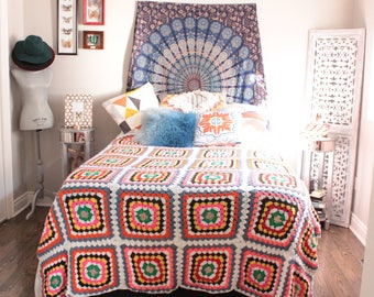 Vintage Handmade Crochet Blanket/Throw/Afghan Colourful Squares Large