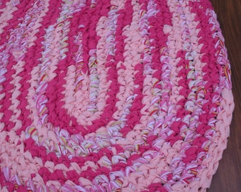 "40""x28"" Pink, Peach and White, Hand Crocheted Oval Rag Rug, Braided Rug, Girl's Bedroom Rug, Nursery Rug, Crochet Rug, Valentine's Day Rug"