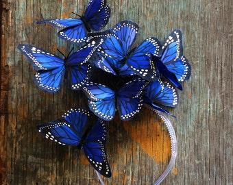 Indigo blauer Schmetterling Fascinator, blaue Kopfbedeckung, Stirnband, Schmetterling Kopfschmuck, Derby, Partyhut