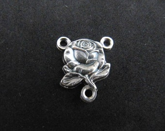 Beautiful Reversible Rose Miraculous Medal Rosary Centerpiece