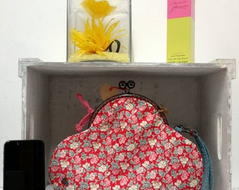 Ideal Christmas Gift: Fold Down Clutch in a Ditzy Daisy Floral Print - Evening Clutch Bag - Wedding Clutch Bag - Envelope Clutch Bag