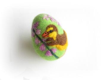 Easter Egg,Felted Egg,Needle felted Ornament,Spring Ornament,Easter egg with Duckling,