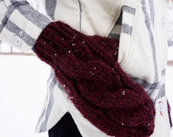 Cable Knit Mittens | Wine