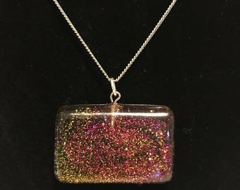 Sparkling pendant necklace, pendant, necklace, sparkles, glitter, resin, jewelry