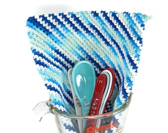 Thick Cotton Hot Pad, Crocheted Potholder, Blue Trivet, Kitchen Housewares, Baking Supplies, Housewarming Gift, Wedding Shower Gift