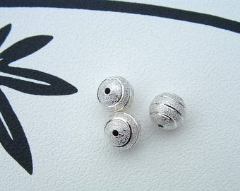 set of 2 12mm striated Depolies silver STARDUST beads