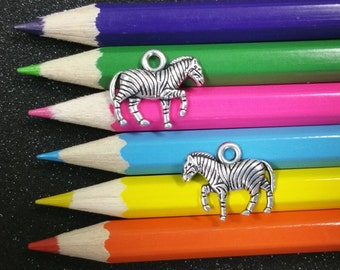 2 Stück - Zebra-Zoo-Tier-Silber Charm Anhänger C1335