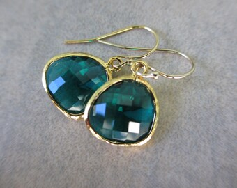 Emerald Green Gold Earrings, Dark Green Earrings, May Birthstone Earrings, Fashion, Irisjewelrydesign