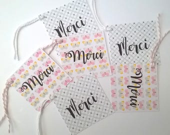 15 cartelettes or 12 square tags butterflies and pastel to say thank you. For creative
