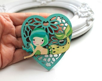 Little mermaid  wooden brooch kawaii sweet lolita egl green heart