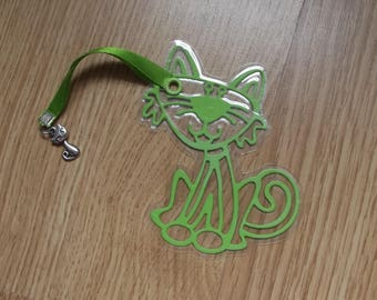 Green cat bookmarks.