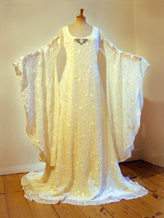 Galadriel dress wedding dress Embroidered Silk