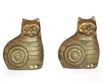 Vintage Brass Cat Bookends - Vintage Cat Figurines - Brass Cat Statue - Cat Lover Gift - Mid Century Decor - Cat Decor - Modern Cats