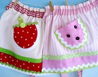 SALE - PDF ePattern - Strawberry and Watermelon Aprons - Pot Holders - Four Adult Sizes and Three Child Sizes