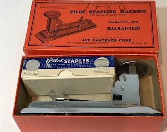 Pilot 402 Vintage Stapler and Staples with Original Box