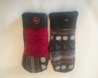 wool mitten from upcycled sweaters