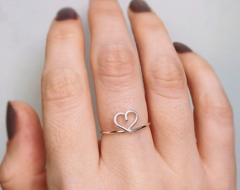 Silver Heart Ring, Heart ring, Silver ring, Sterling silver heart ring, Wire ring, Love ring, Bridesmaids ring, Stackable ring, Gift