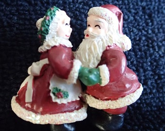 Mr. & Mrs. Santa Claus Pin